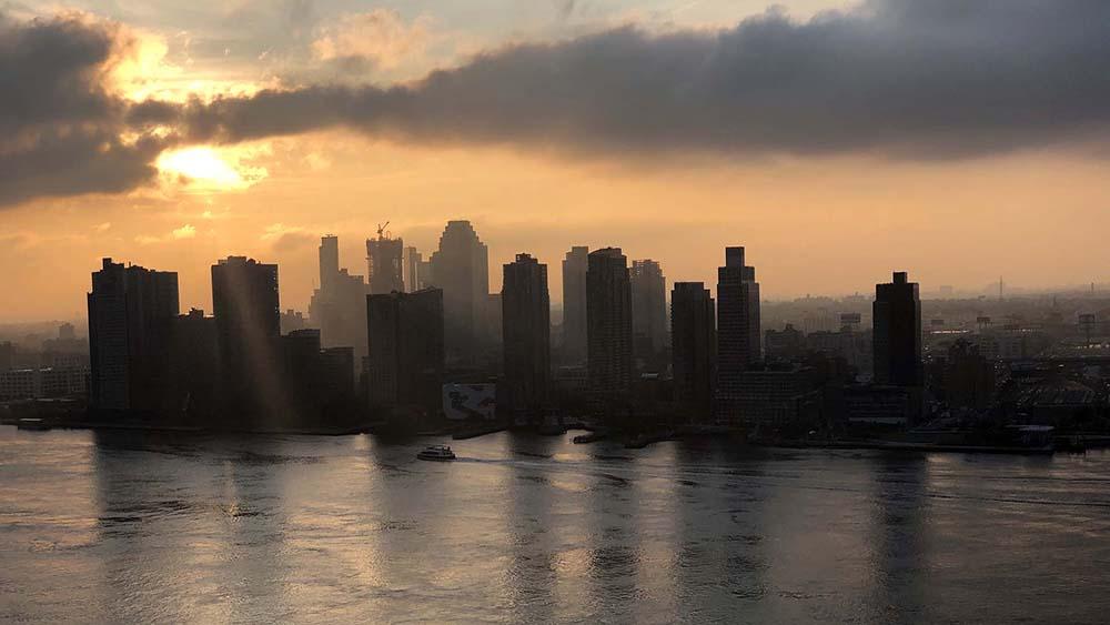 po_balcony_sunrise3_1000px